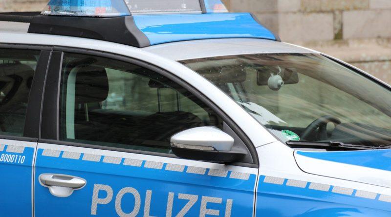Unfall auf Bankparkplatz – Polizei sucht Zeugen – Freigereicht/Altenmittlau
